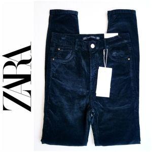 NWT Zara Black Velvet High RIse Skinny Jeans Sz 4